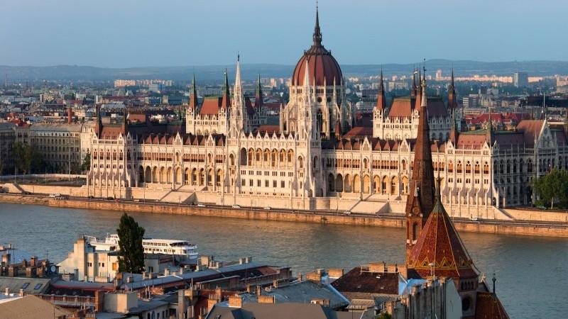 Maďarsko: Znovu náhled na hodnocení dva v jednom