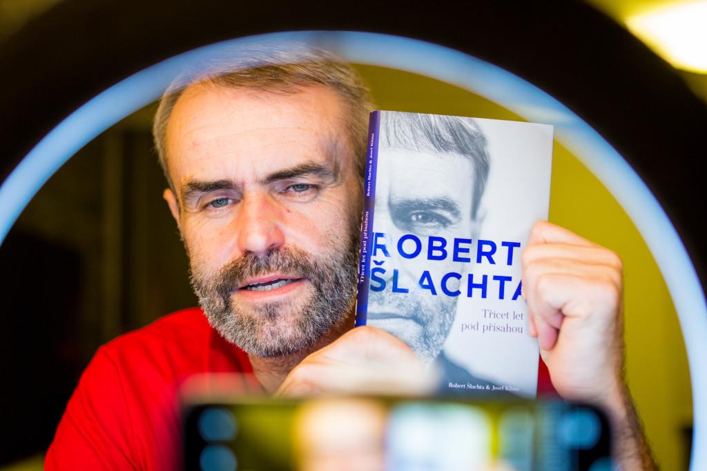 Setkání Roberta Šlachty s médii