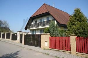 Pronájem rodinného domu 7+1, 280m2, Praha 6 - Nebušice