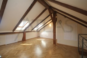 Open gallery - For Rent: 2-bedroom Apartment Prague 2 - Vinohrady, Polská street