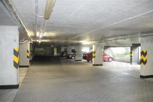 Pronájem částečně zařízeného bytu 3+kk s parkováním Praha 5 - Stodůlky, Svitákova 2775 jen 100 m od stanice metra Stodůlky - parkovací stání