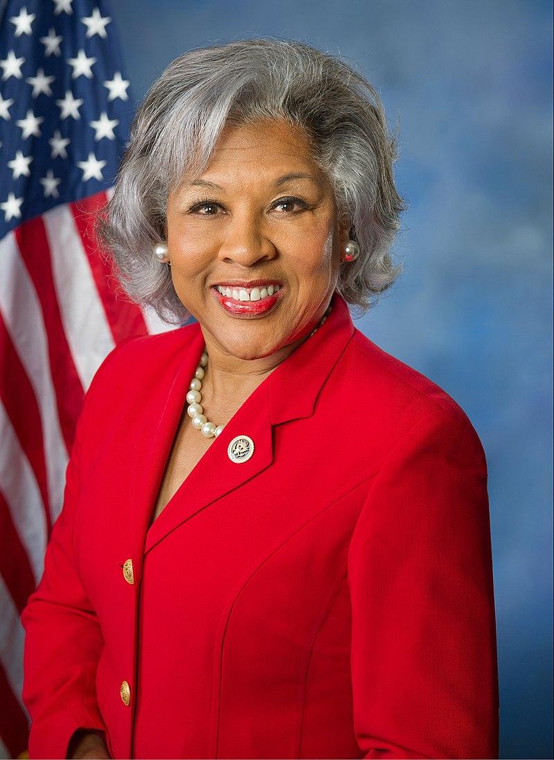 Kongresmanka Beatty oznamuje miliony za místní bydlení pro seniory