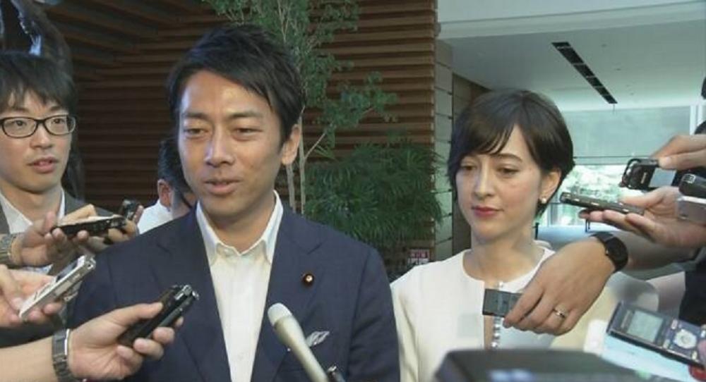 Japonský ministr životního prostředí Koizumi na otcovskou dovolenou